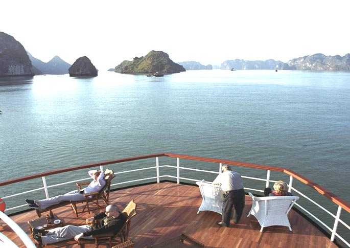 halong bay overnight cruise